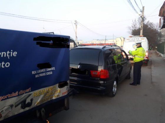 actiune politie siguranta si ordine publica4 560x420 - FOTO: Acțiune de amploare a polițiștilor focșăneni pentru menținerea ordinii și siguranței publice