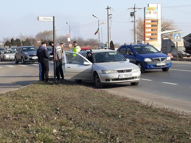 8CB49DD5 041D 4287 89AA 5A290979FEB9 - FOTO-ACUM: Pieton lovit de autoturism pe soseaua de centură