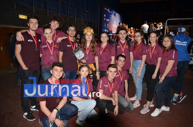 DEMO echipa de robotica 2 - FOTO: Concurs de Robotică la CN Unirea