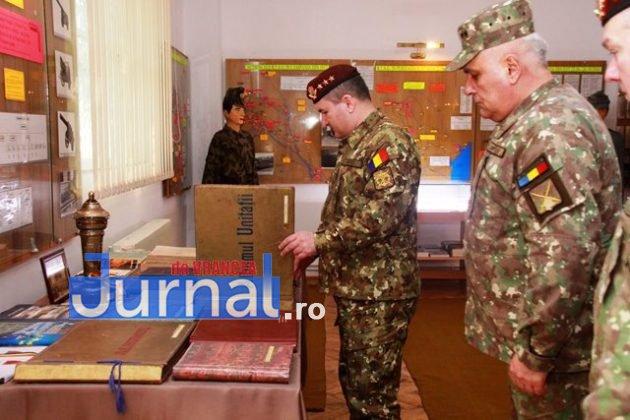 schimbare comanda brigada larom 9 630x420 - FOTO: Schimbare de comandă la Brigada 8 LAROM