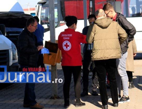 crucea rosie vrancea campanie coronavirus 2 546x420 - FOTO: Crucea Roșie Vrancea a demarat o campanie de informare a populației  pentru prevenirea infectării cu Coronavirus