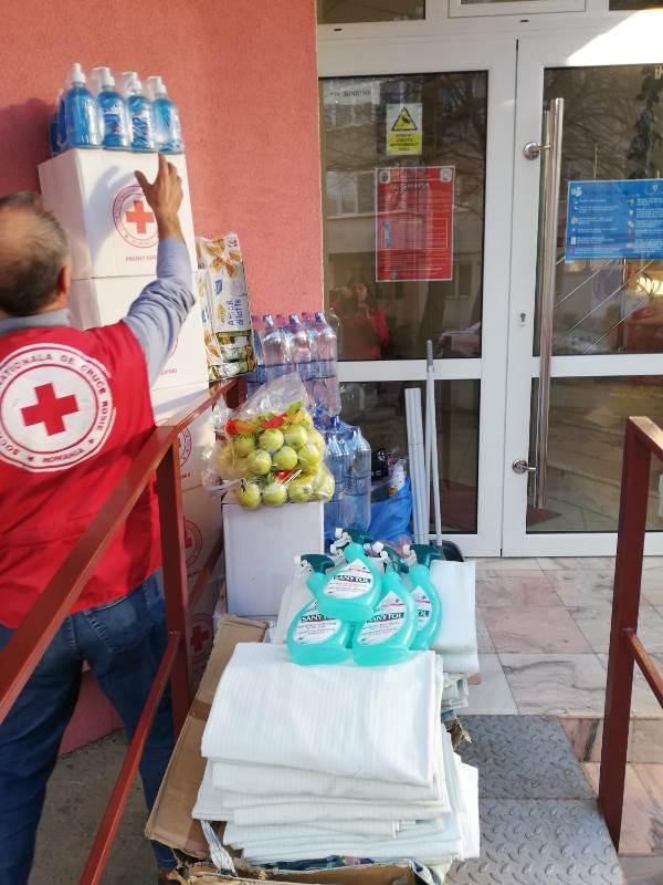 crucea rosie vrancea masuri coronavirus 1 - FOTO: Crucea Roșie Vrancea, misiuni pentru limitarea răspândirii COVID-19, în Vrancea
