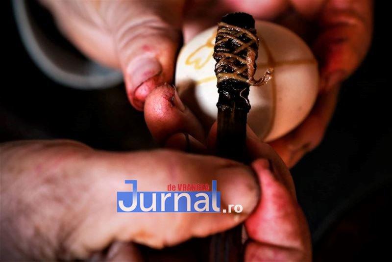 oua paste soveja 6 - Arta încondeierii ouălor de Paște, dezvăluită de un profesor, prin ochii unui artist popular din Soveja
