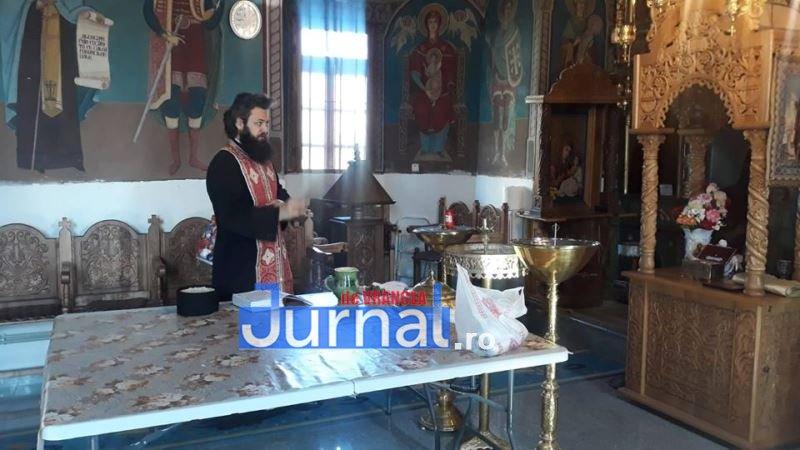 """preot ionel miron - Preoții din Vrancea, sfaturi de Paște: """"Rămâneți în case!"""". Voluntarii vor aprinde lumânări la morminte"""