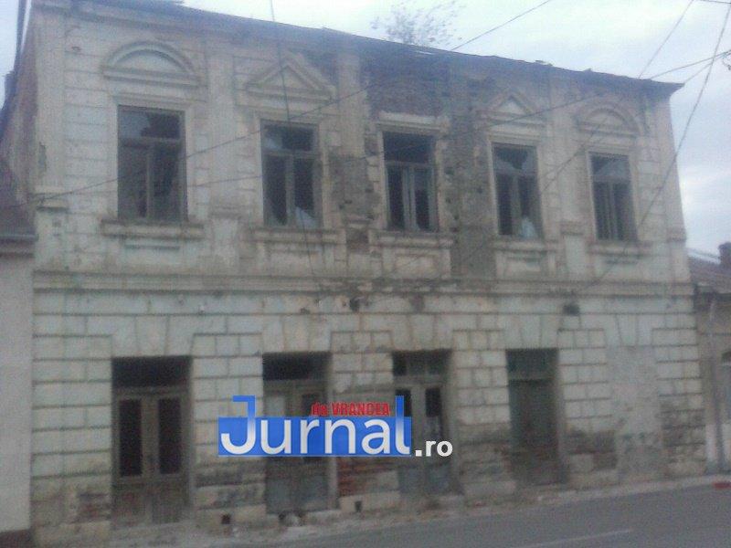 case evrei 1 - Galerie Foto: Marea plecare a evreilor din Vrancea sau apusul unei lumi în România