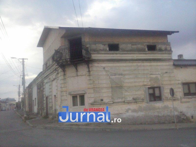 case evrei 15 - Galerie Foto: Marea plecare a evreilor din Vrancea sau apusul unei lumi în România