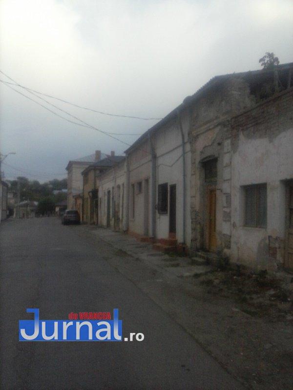 case evrei 22 - Galerie Foto: Marea plecare a evreilor din Vrancea sau apusul unei lumi în România