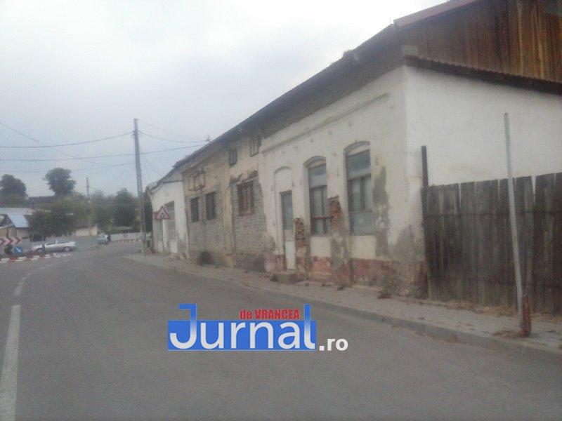 case evrei 24 - Galerie Foto: Marea plecare a evreilor din Vrancea sau apusul unei lumi în România