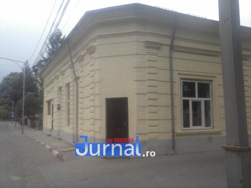 case evrei 25 - Galerie Foto: Marea plecare a evreilor din Vrancea sau apusul unei lumi în România