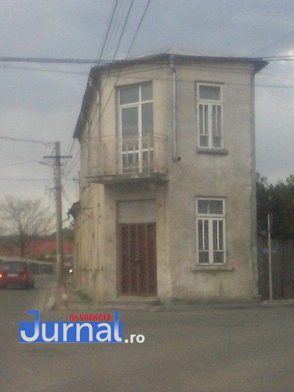 case evrei 26 - Galerie Foto: Marea plecare a evreilor din Vrancea sau apusul unei lumi în România