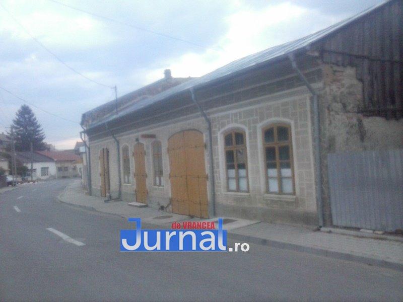 case evrei 5 - Galerie Foto: Marea plecare a evreilor din Vrancea sau apusul unei lumi în România