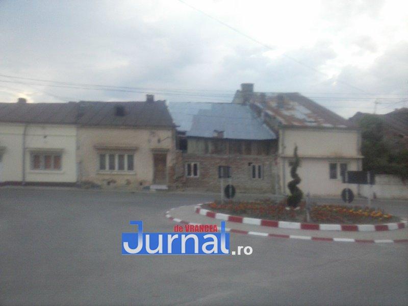 case evrei 8 - Galerie Foto: Marea plecare a evreilor din Vrancea sau apusul unei lumi în România