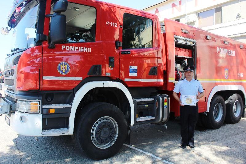 paiscar florin isu vrancea pompierul lunii 3 - Plutonier adjutant Florin Paiscar, pompierul care a salvat un adolescent rănit într-un accident rutier