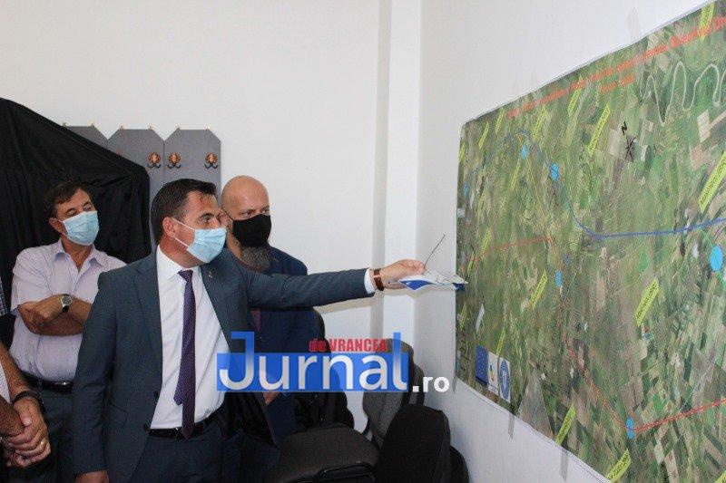 """dezbatere 3 - FOTO: Patru posibile variante pentru traseul drumului expres Focșani - Brăila. """"Vom avea asigurată finanțarea din fonduri europene"""", spune ministrul Ion Ștefan"""