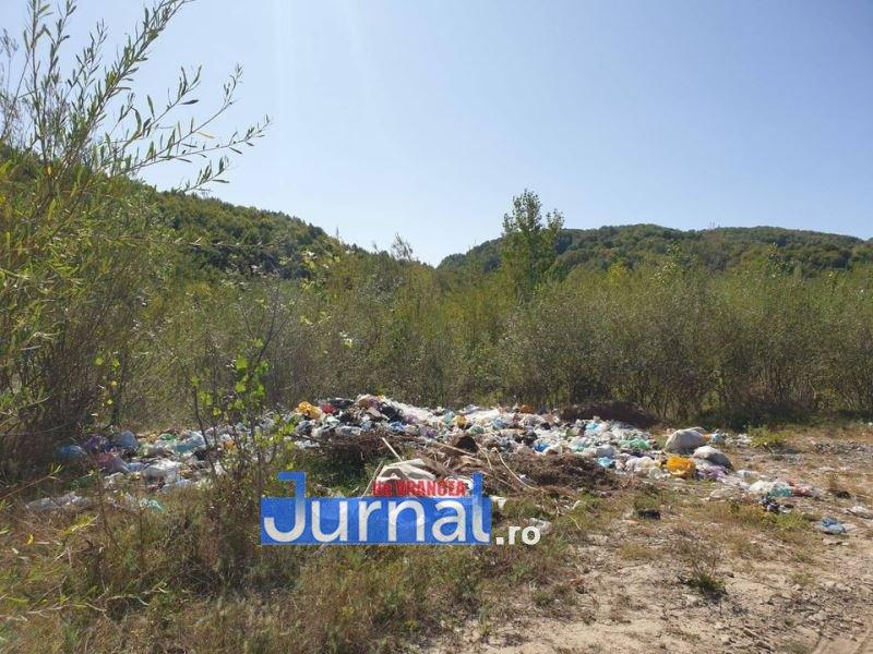 gunoi vidra 1 - Garda de Mediu confirmă că gunoiul este depozitat ilegal în Vidra: administrația locală, sancționată și obligată să curețe terenul pe care arunca deșeuri