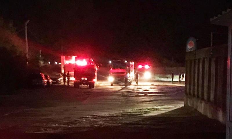 pompieri - ULTIMA ORĂ: Desfășurare de forțe în Focșani | Un autocar a ars în zona străzii Anghel Saligny. UPDATE