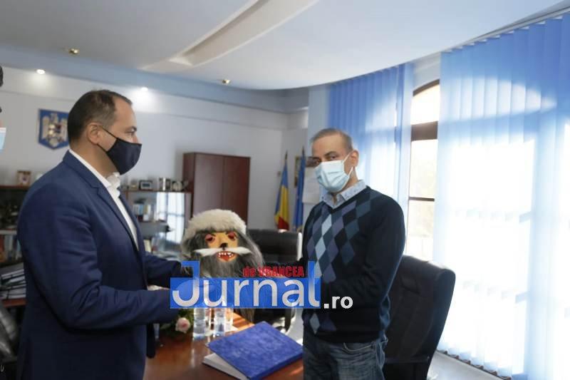 ambasadorul indiei la focsani 1 - FOTO: Ambasadorul Indiei, Excelența Sa Rahul Shrivastava, vizită la Focșani