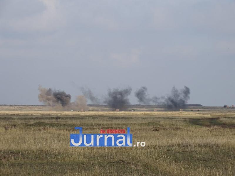 """artilerie 3 - Trageri de luptă în poligonul de la Smârdan! """"Foarte bine, Bateria!"""" pentru artileriștii Batalionului 285 """"Vlaicu Vodă"""""""