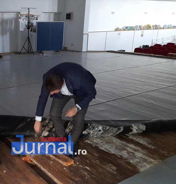centru cultural soveja 3 Copy - Centrul Cultural din Soveja făcut praf de fosta administrație locală a PSD
