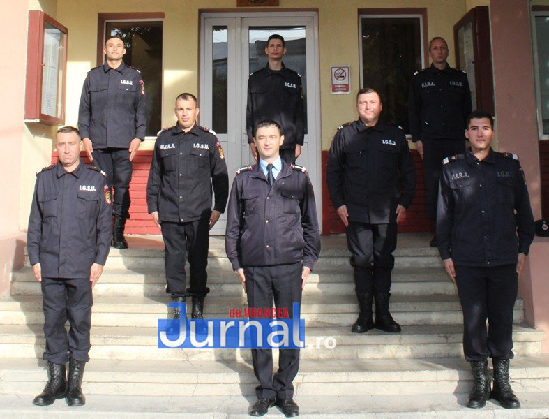 elevi pompieri 3 - Tineri pompieri vrânceni au depus jurământul militar