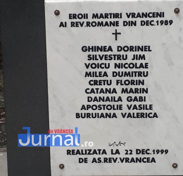 placa eroi - Monumentul Eroilor din Piața Unirii, refăcut cu sprijinul Primăriei Focșani