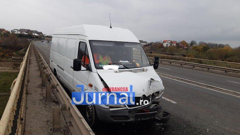 accid golesti 6 - ULTIMĂ ORĂ/ FOTO: Trei mașini s-au ciocnit la Golești. UPDATE