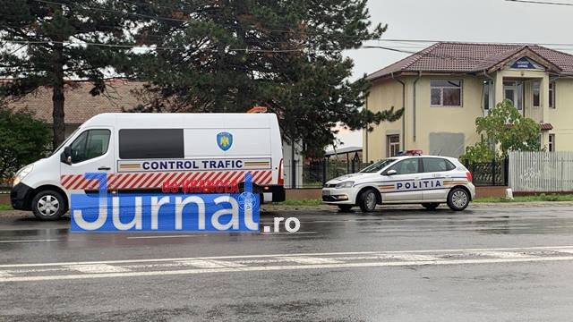actiune politie control trafic3 - FOTO-VIDEO: Polițiștii și inspectorii ISCTR, controale în trafic | Vizați sunt transportatorii de persoane și de mărfuri