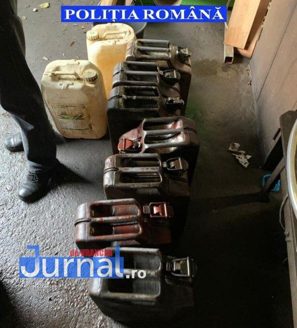perchezitii combustibil 6 - UPDATE/ FOTO. Bilanțul perchezițiilor de azi: 11 persoane duse la audieri. Pentru 1.000 de litri de combustibil a fost dispusă măsura indisponibilizării