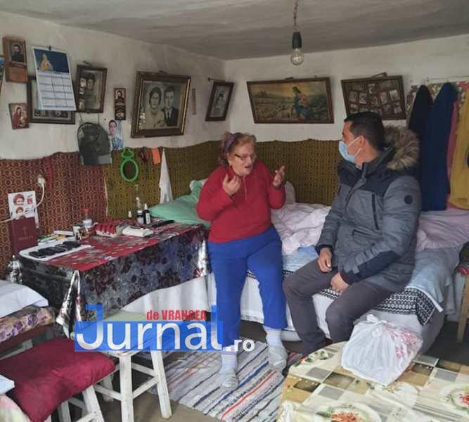 masa vizantea 4 - FOTO: Primăria Vizantea-Livezi se implică în distribuirea meselor calde pentru bătrânii de peste 75 de ani fără venituri sau cu venituri mici