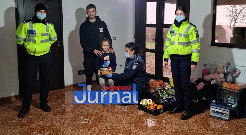 sf andrei ipj 12 - GALERIE FOTO: Onomastică de neuitat pentru Andrei și Andreea, copiii de suflet ai polițiștilor vrânceni