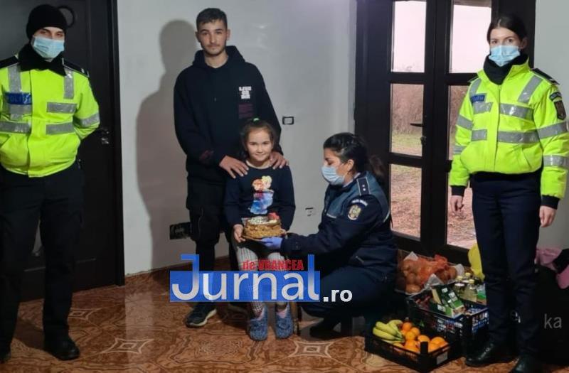 sf andrei ipj 6 - GALERIE FOTO: Onomastică de neuitat pentru Andrei și Andreea, copiii de suflet ai polițiștilor vrânceni