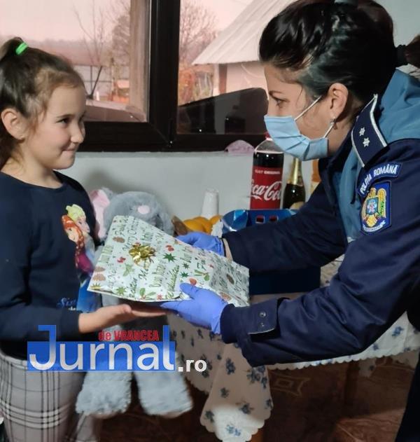 sf andrei ipj 9 - GALERIE FOTO: Onomastică de neuitat pentru Andrei și Andreea, copiii de suflet ai polițiștilor vrânceni