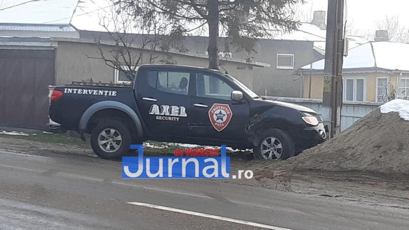accident rastoaca 4 - ULTIMĂ ORĂ! Mașina unei cunoscute firme de pază implicată într-un accident!